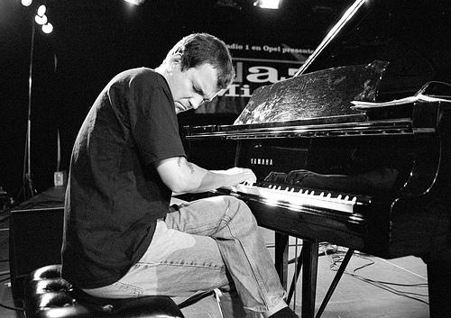 Solo Piano Man